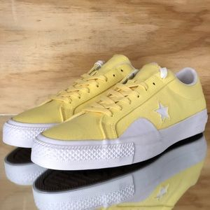 Converse One Star Pro Ox Chocolate Low Top Yellow NWT